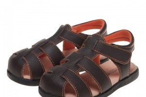 10% off on the world famous leather shoes brand Little Blue Lamb at Kandy Kids